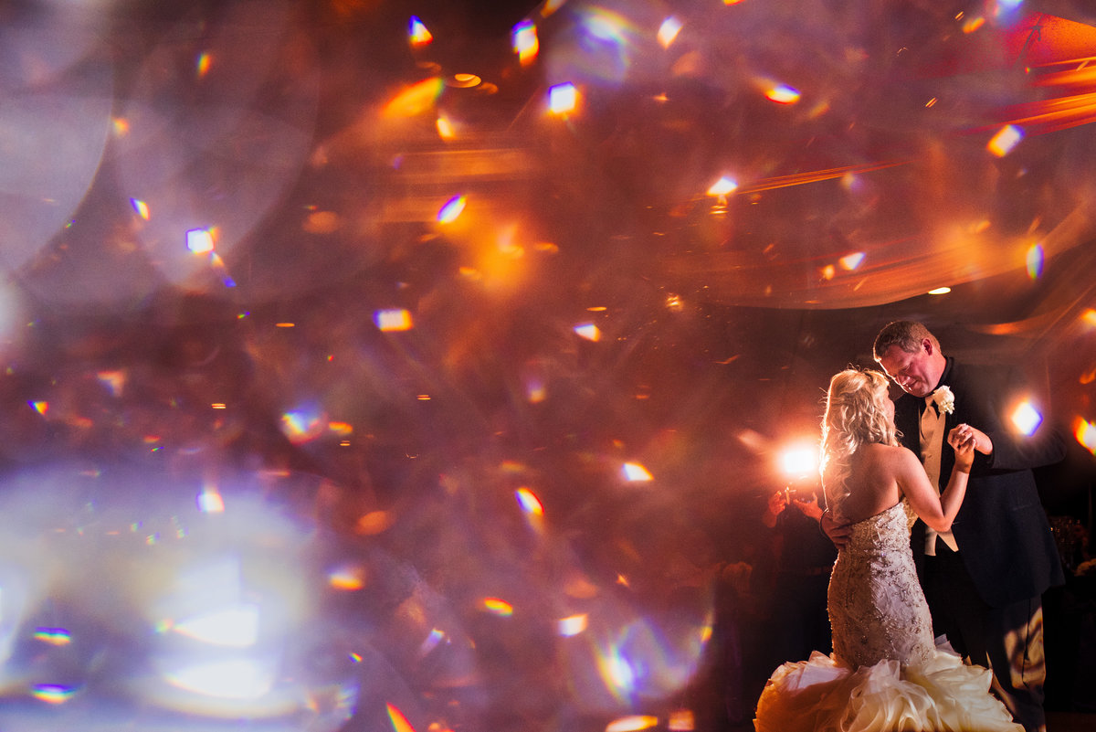 Vinson-Images-Fayetteville-Arkansas-NWA-Wedding-Photographer-sprakle-first-dance