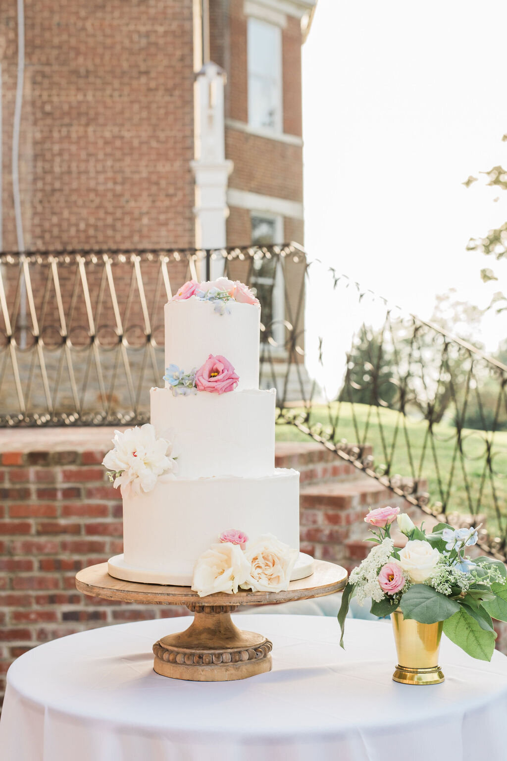 Lynwood Estate - Luxury Kentucky Wedding Venue - Fine Art Wedding Details 00041