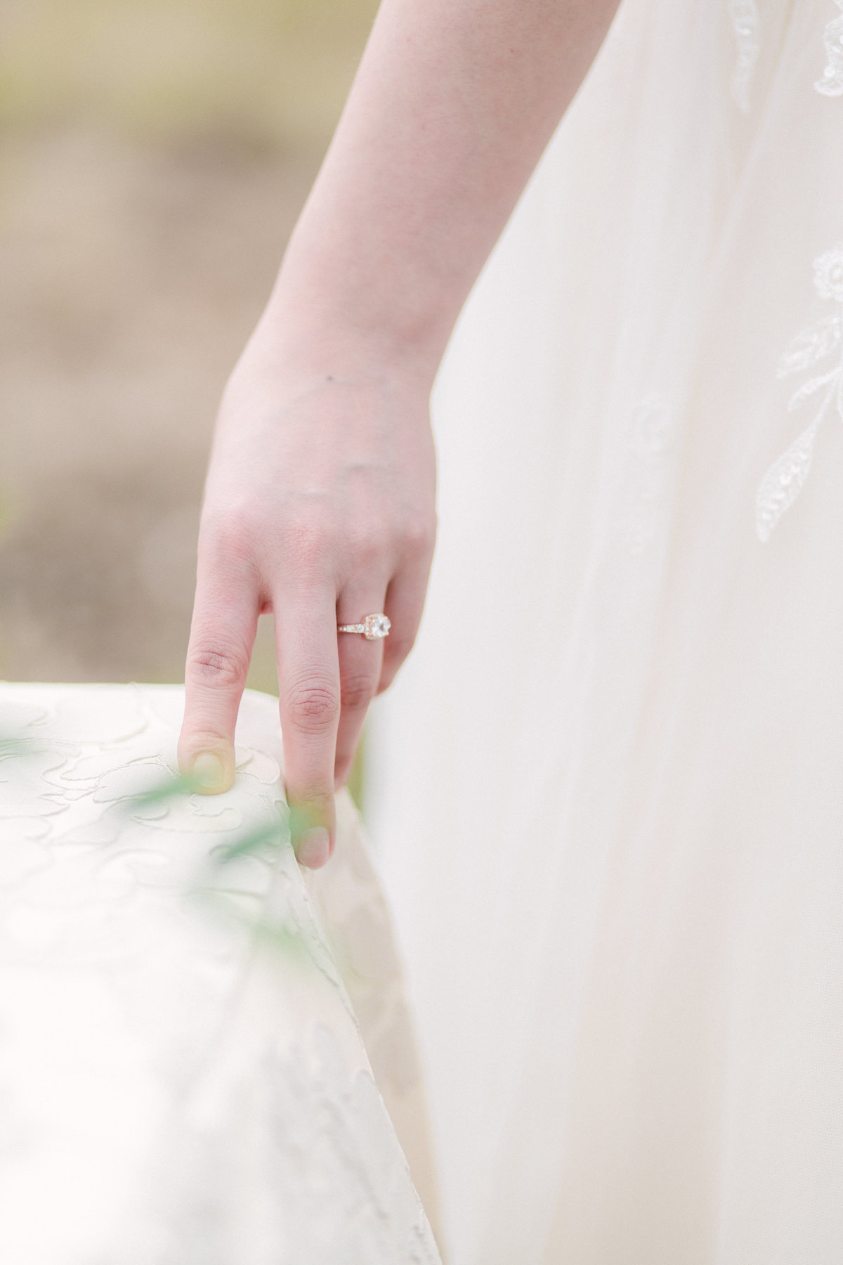 The-woodlands-bridal-session-alicia-yarrish-photography-50