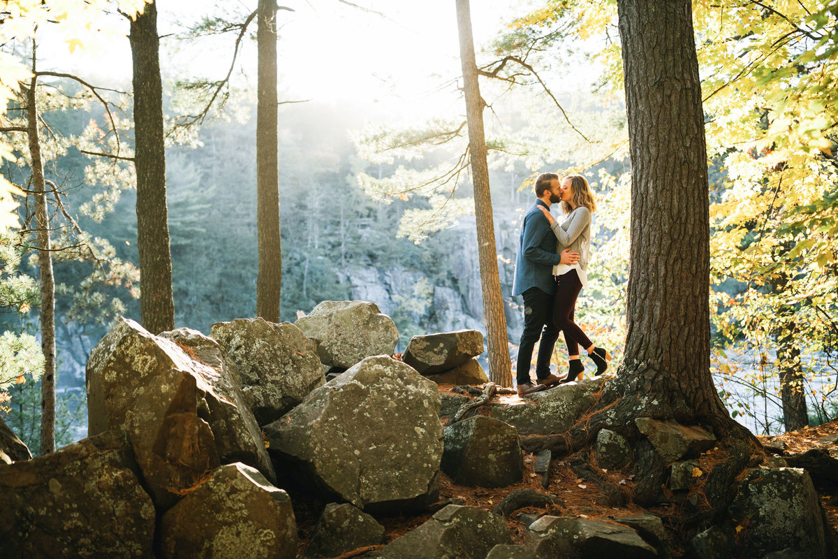 Taylors-Falls-Minneapolis-Fall-Engagement-13