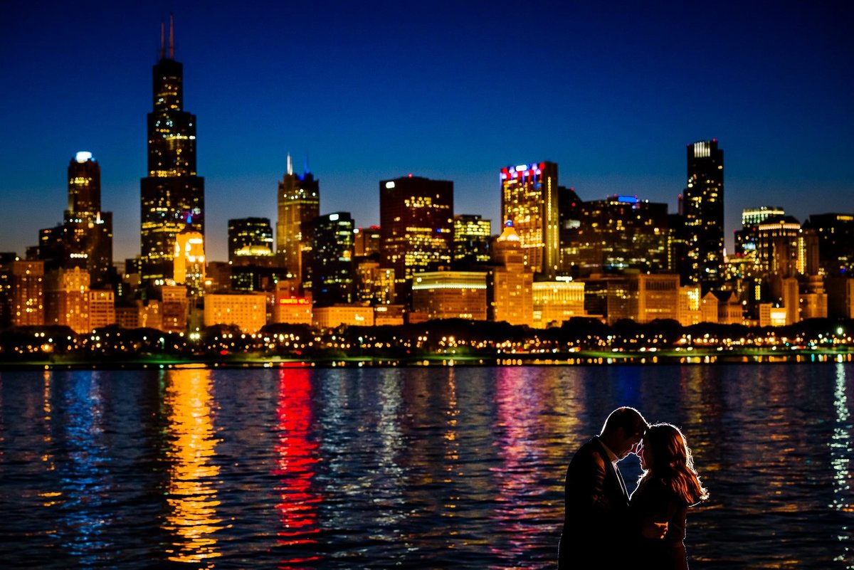 Engagement photo in chicago by stephane lemaire photography