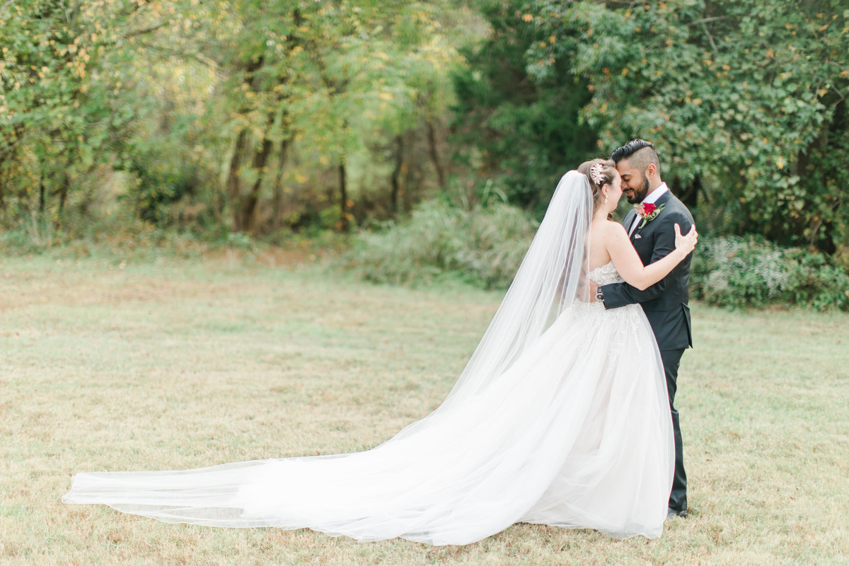 Williamsburg_Winery_Fall_Wedding_Virginia_DC_Photographer_Angelika_Johns_Photography-9234