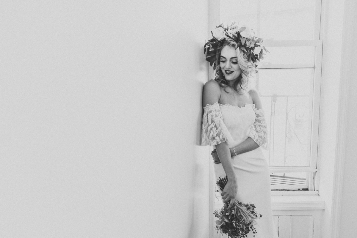 BLACK AND WHITE PORTRAIT OF BRIDE IN BROOKLYN
