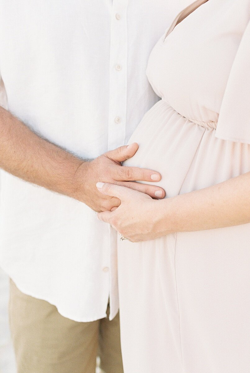Isle-of-Palms-Maternity-Session-on-Film_0002