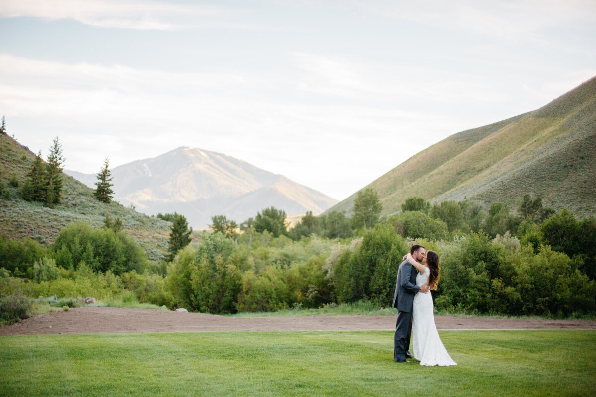 sun-valley-idaho-wedding-trail-creek-lodge-philip-casey-photography-097