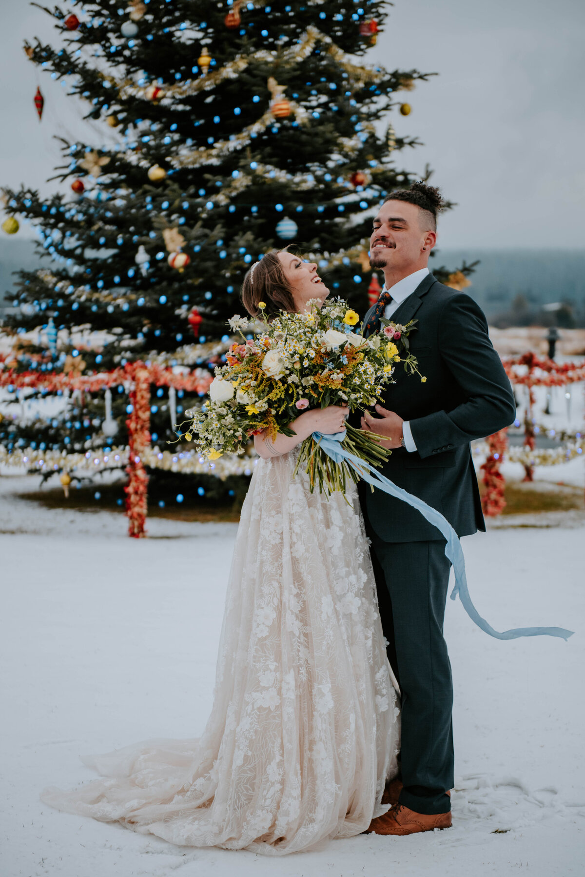 sunriver-resort-oregon-wedding-venue-christmas-elopement-photographer-destination-1776