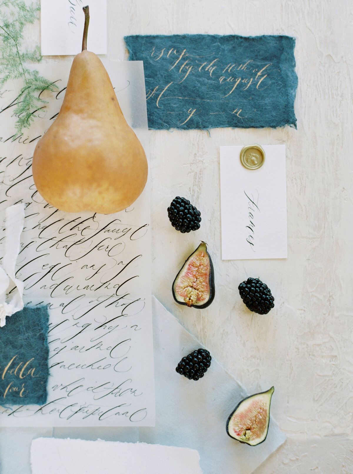 Allora & Ivy Event Co |  Dallas Wedding Planners & Event Designers | Navy & Gold Editorial Inspiration at The White Sparrow