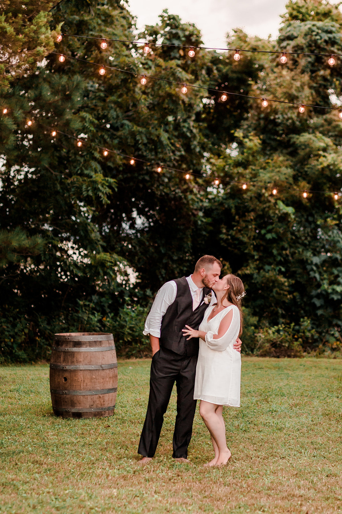 sharonelizabethphotography-surryvirginiawedding-rusticbackyardwedding-richmondvirginiaoutdoorwedding0973