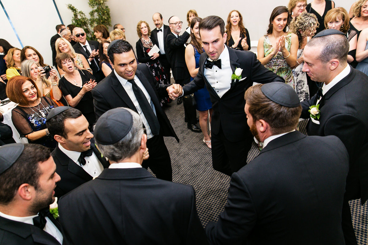 142-skirball-cultural-center-wedding-photos-rebecca-ben