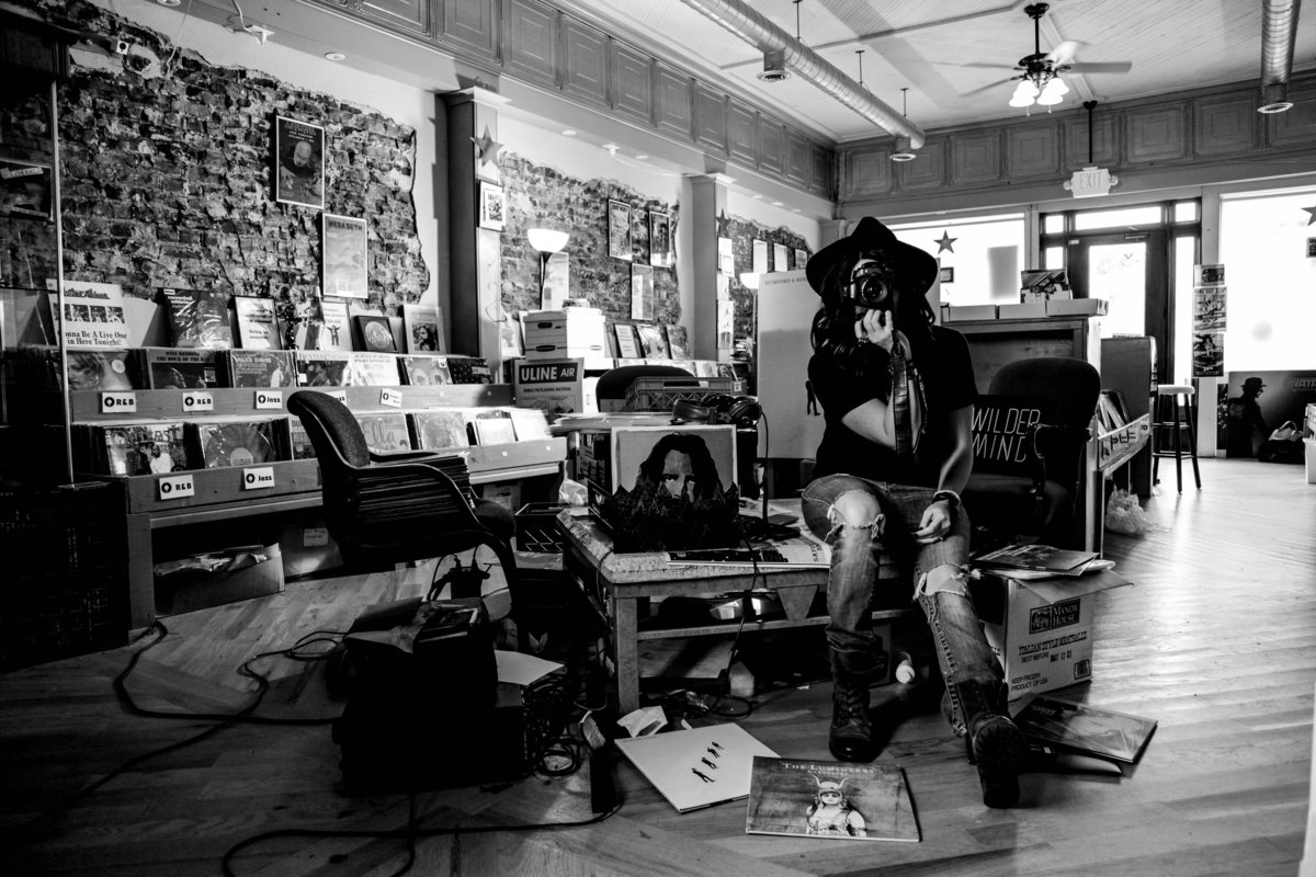 Alisha_Record_Store_Shoot_Nov_2018_BW_50