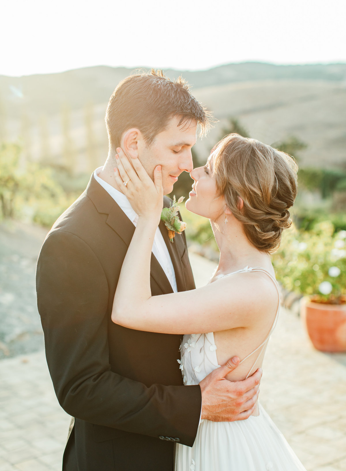 Viansa Sonoma Bride and Groom in Golden Light by Alice Che Photography