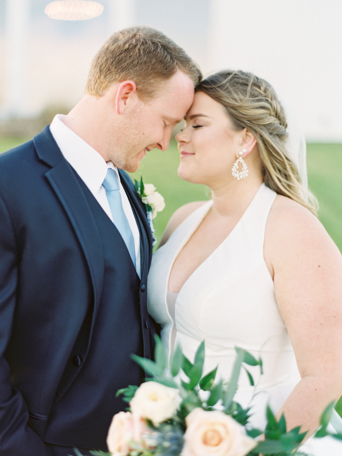 the-farmhouse-wedding-houston-texas-wedding-photographer-mackenzie-reiter-photography-81