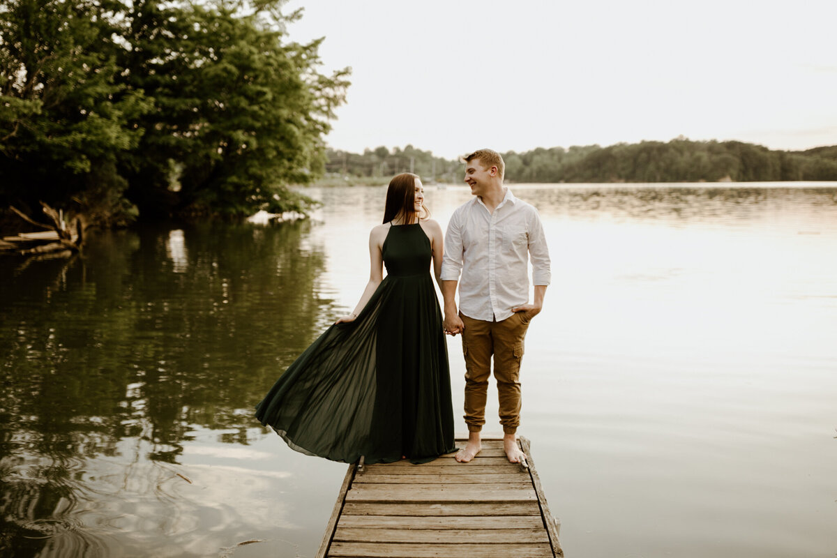meg-thompson-photography-indianapolis-eagle-creek-engagement-session-mikayla-gannon-13