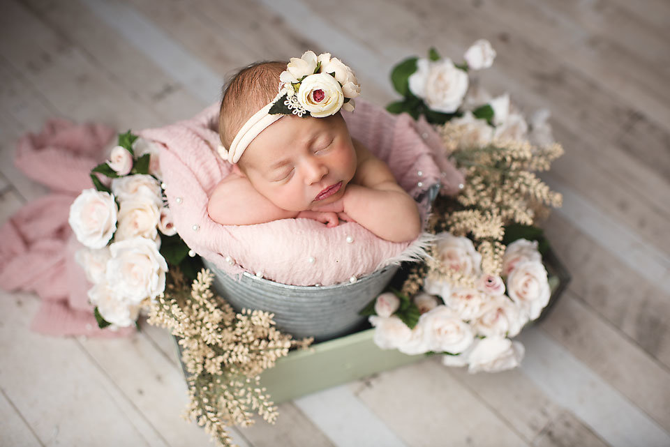 simsbury-ct-newborn-photographer-elizabeth-frederick-photography