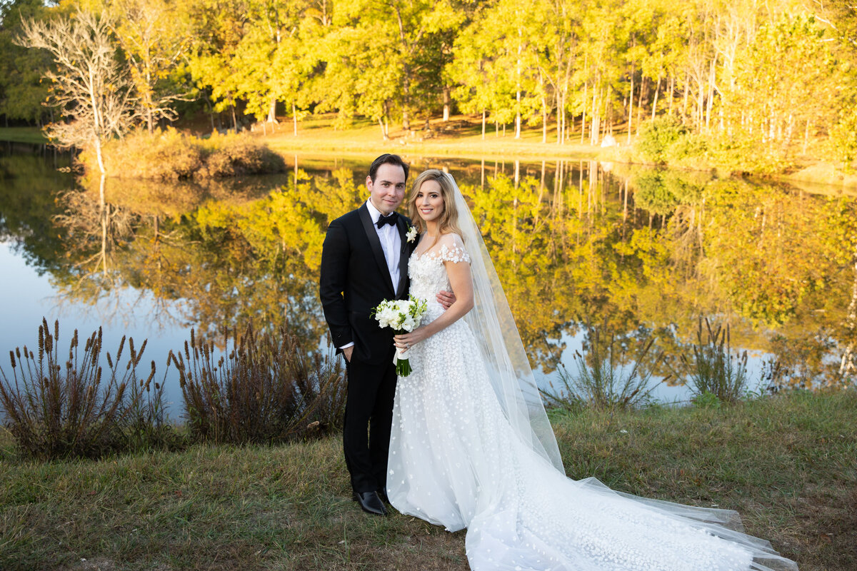 private-home-wedding-the-plains-va00017