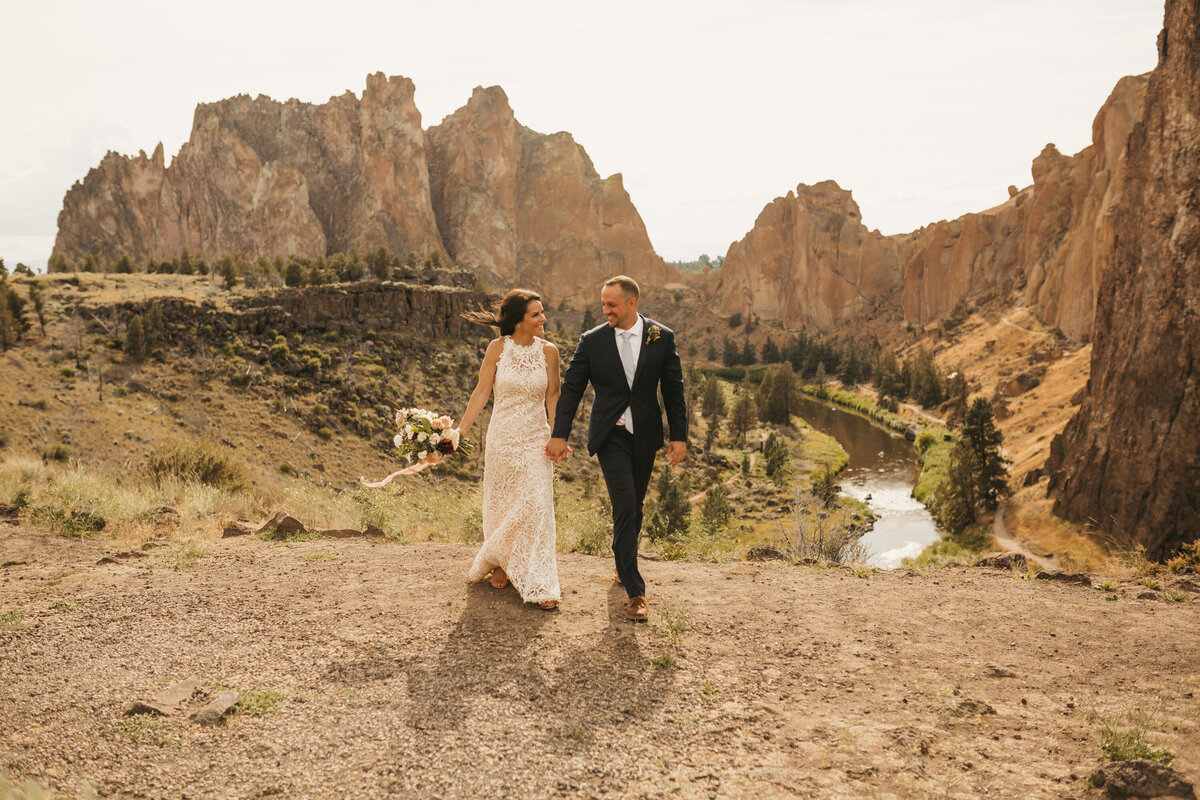 EMILY VANDEHEY PHOTOGRAPHY -- Corey + Kelly -- Elopement -- Smith Rock State Park -- Bend_ Oregon-35