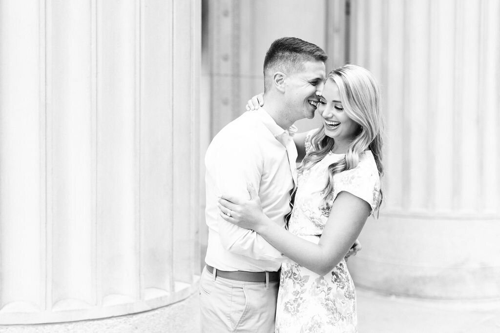 summer-downtown-chicago-engagement-photos-3
