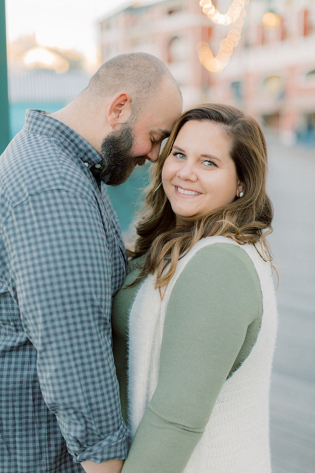 Larisa_+_Craig_Disney_Epcot_Boardwalk_Resort_Engagement_Session_Photographer_Casie_Marie_Photography-82