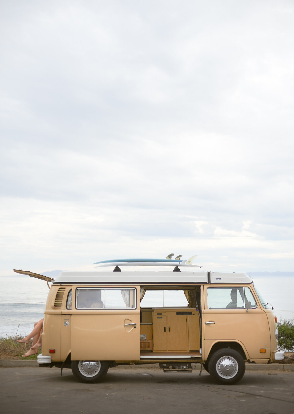 California VW bus surfer life