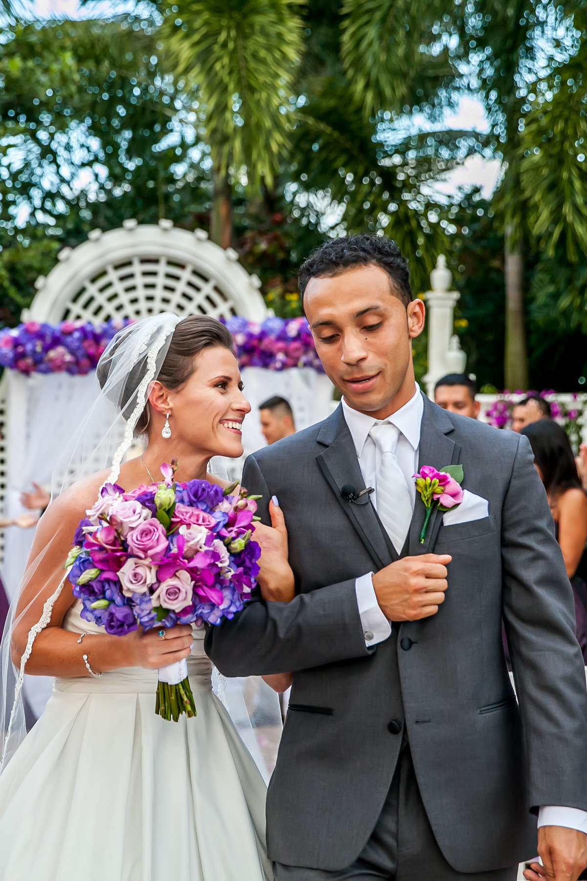 Olivia&Cristian purple weddings