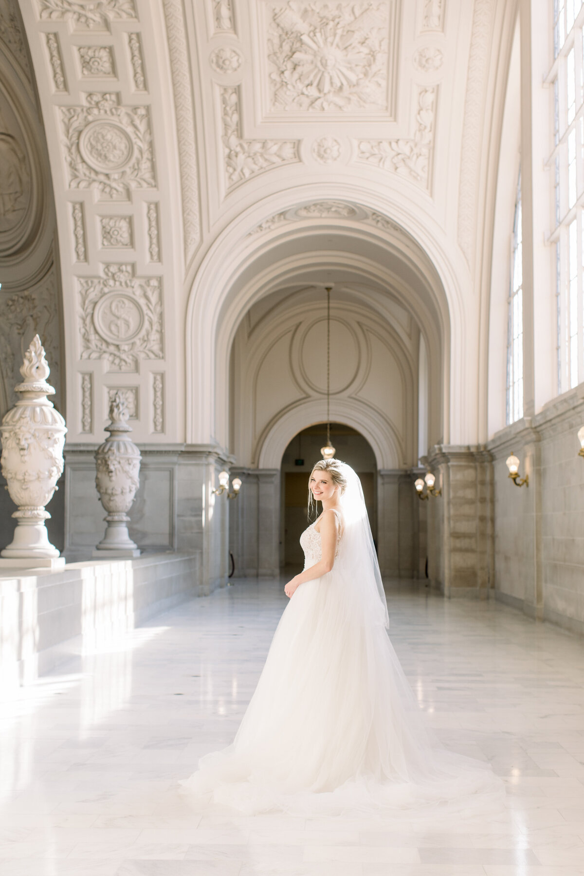 Best_San_Francisco_City_Hall_Wedding_photographer-010
