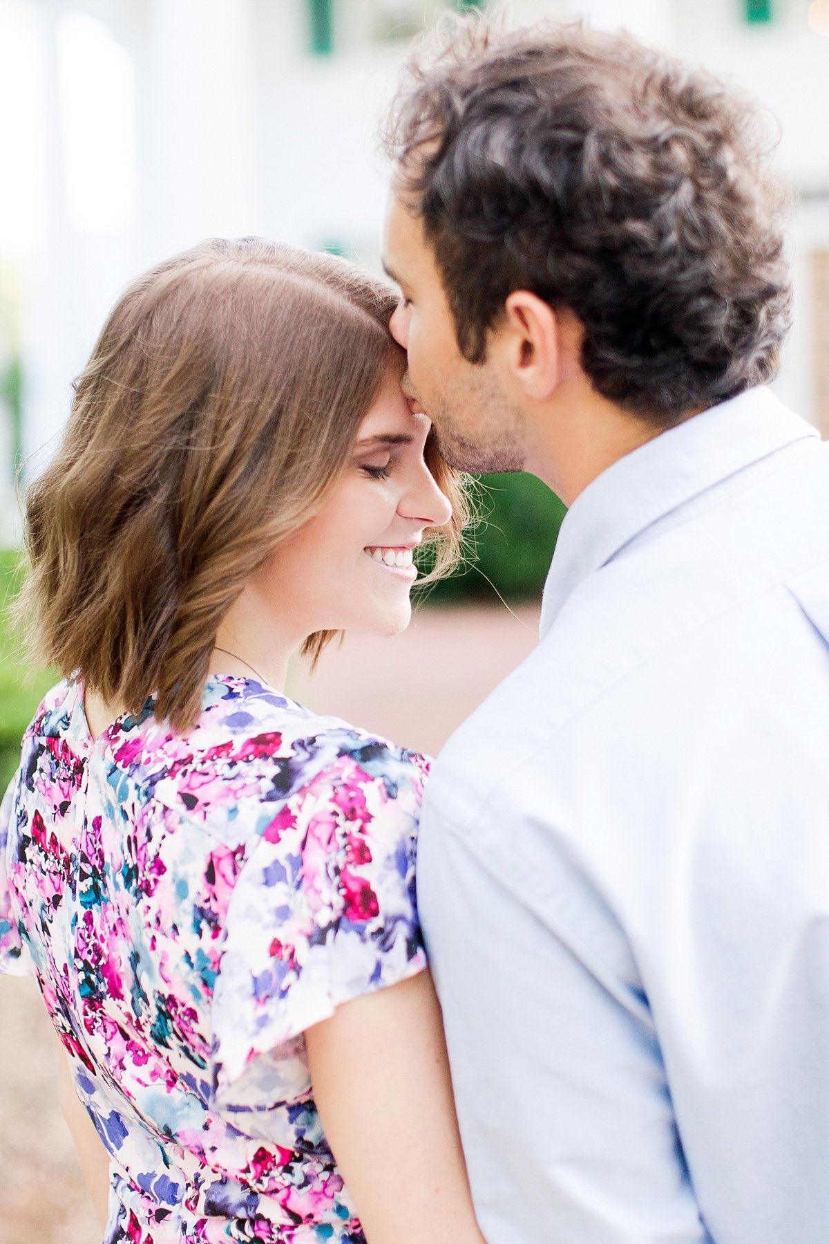 Roswell-Barrington Hall-Engagement-Photos-_0009