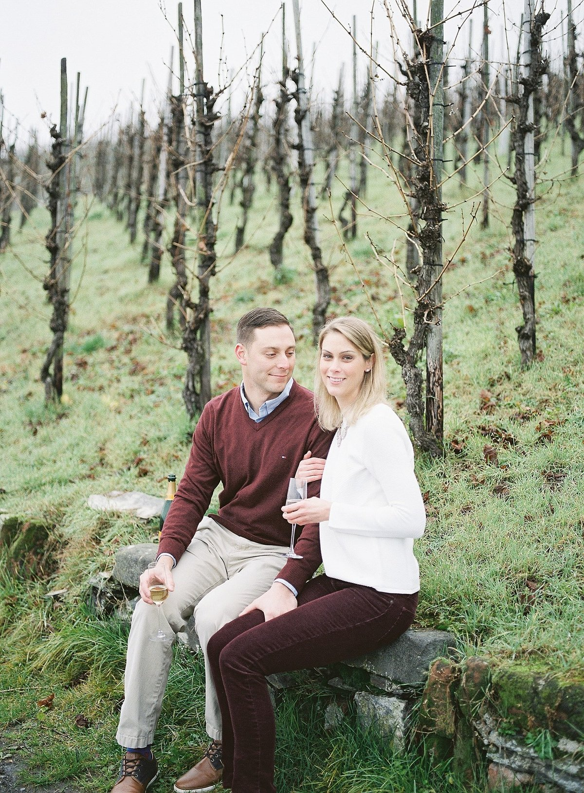 vineyard-engagement-session-germany-film-alicia-yarrish-photography_0006