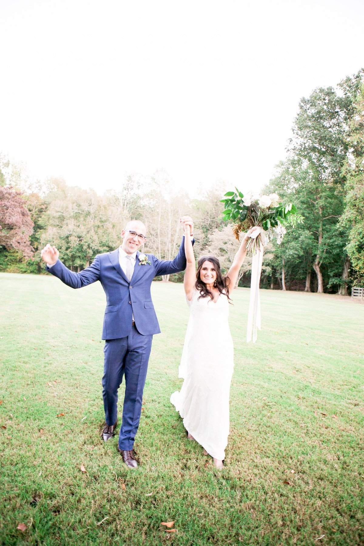 Windwood_Equestrian_Weddings__birmingham_Alabama_bride_outddor_farm_venue298