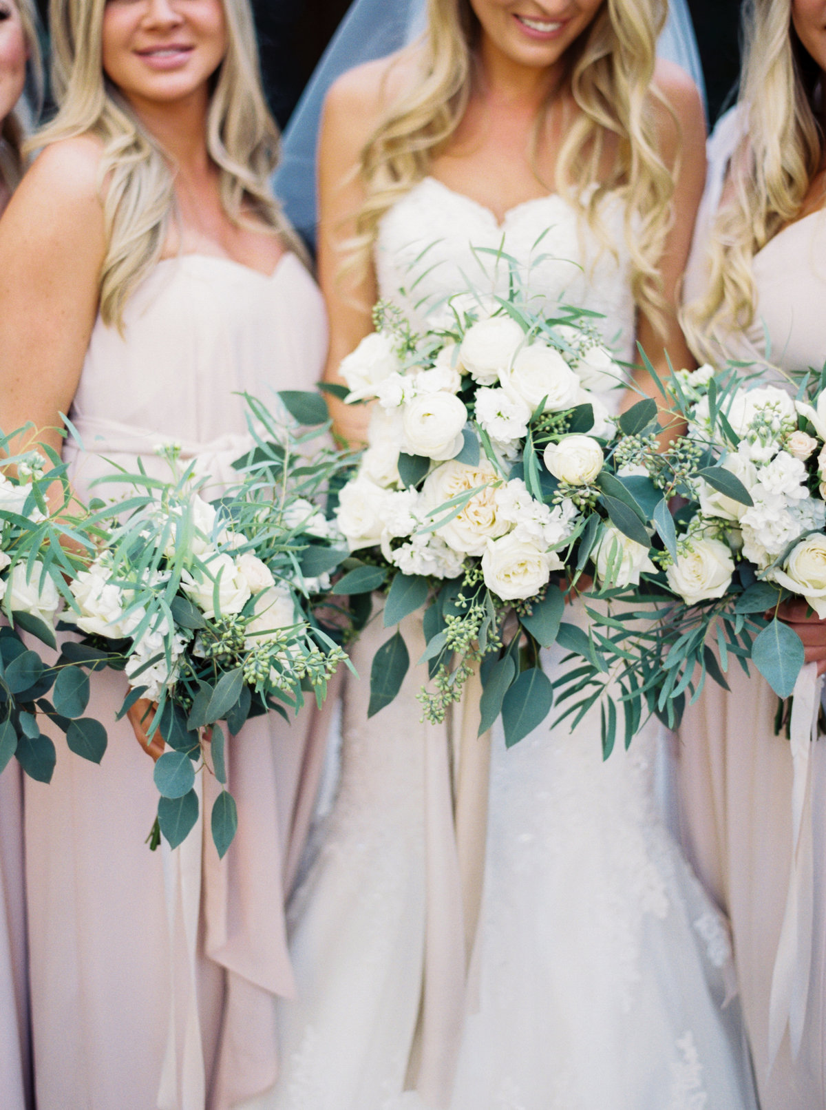 Sassi Scottsdale Arizona Wedding - Mary Claire Photography-7