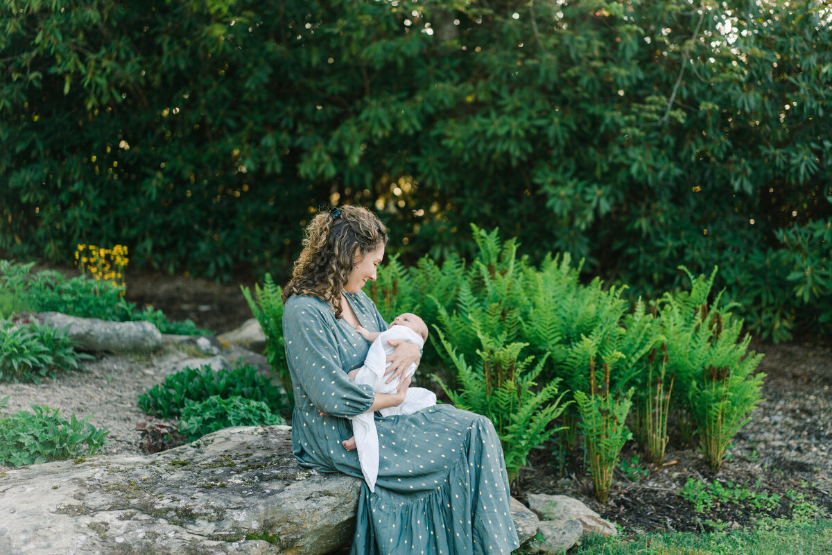 outdoor charlotte newborn photography