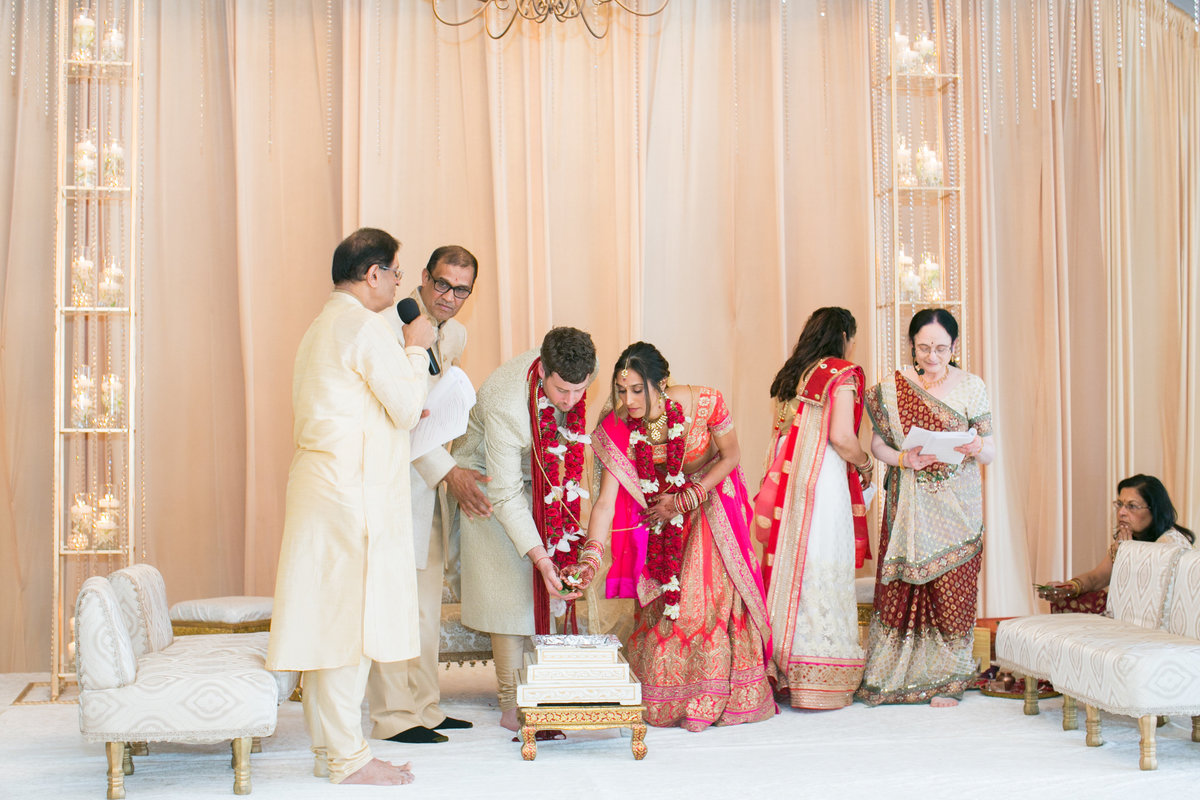 South-Asian-Wedding-Stonegate-Banquet-Center-090