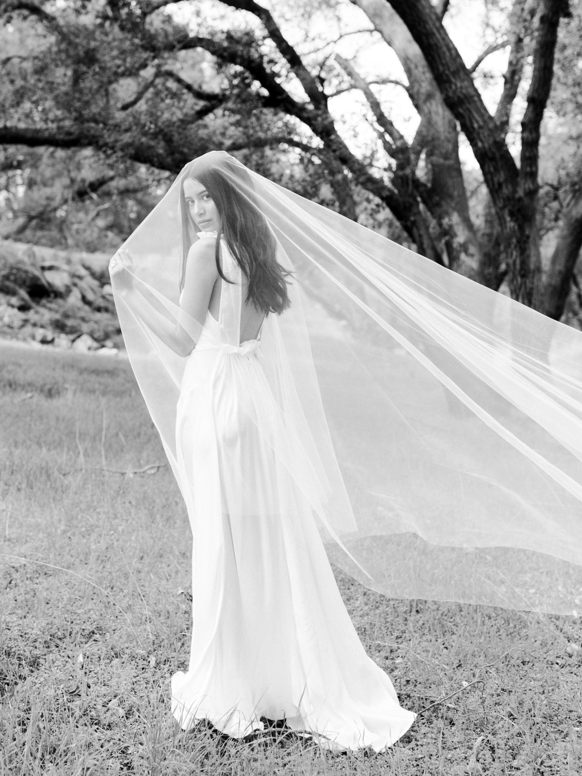 Babsie-Ly-Photography-Fine-Art-Film-Wedding-Bridal-Editorial-in-Hidden-Oaks-San-Diego-084
