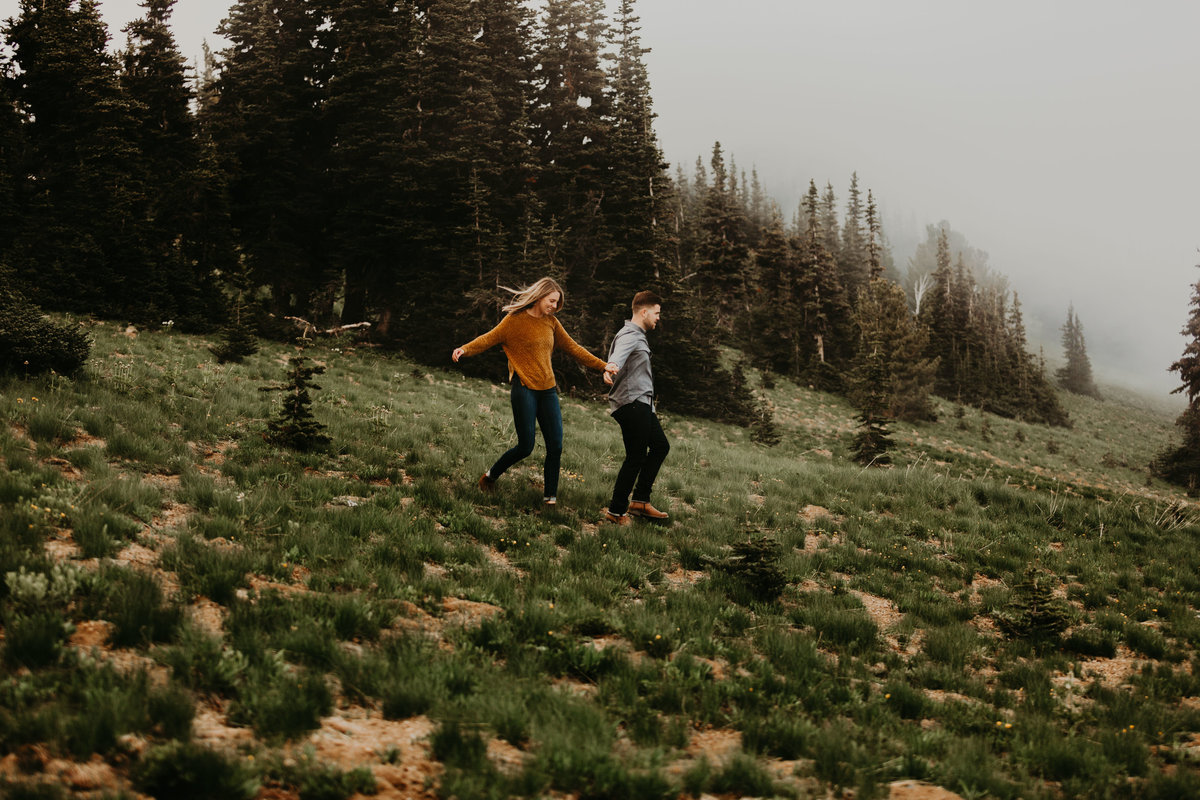Marnie_Cornell_Photography_Engagement_Mount_Rainier_RK-190