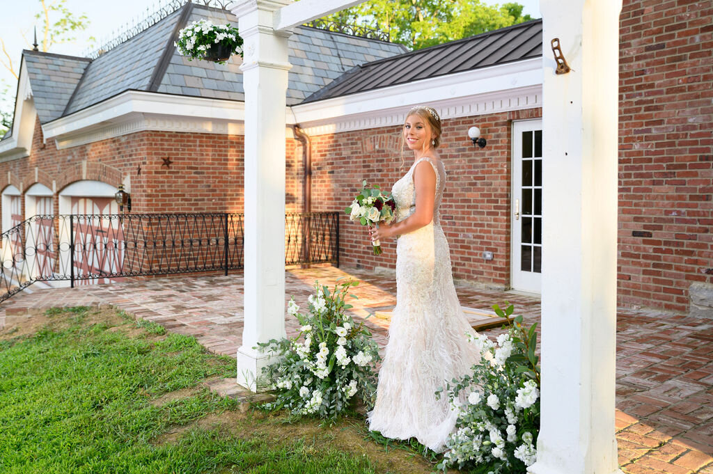 Lynwood Estate - Elegant Kentucky Wedding Venue