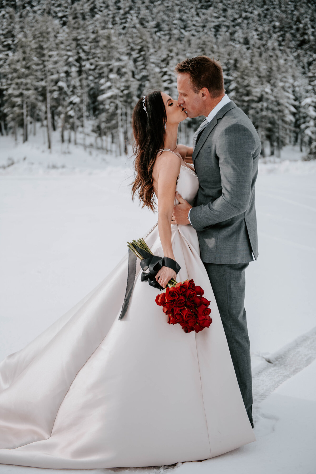mt-bachelor-snow-winter-elopement-bend-oregon-wedding-photographer-2080