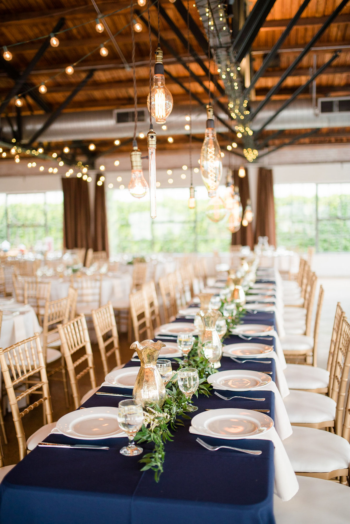 Reception setup with rustic and modern details