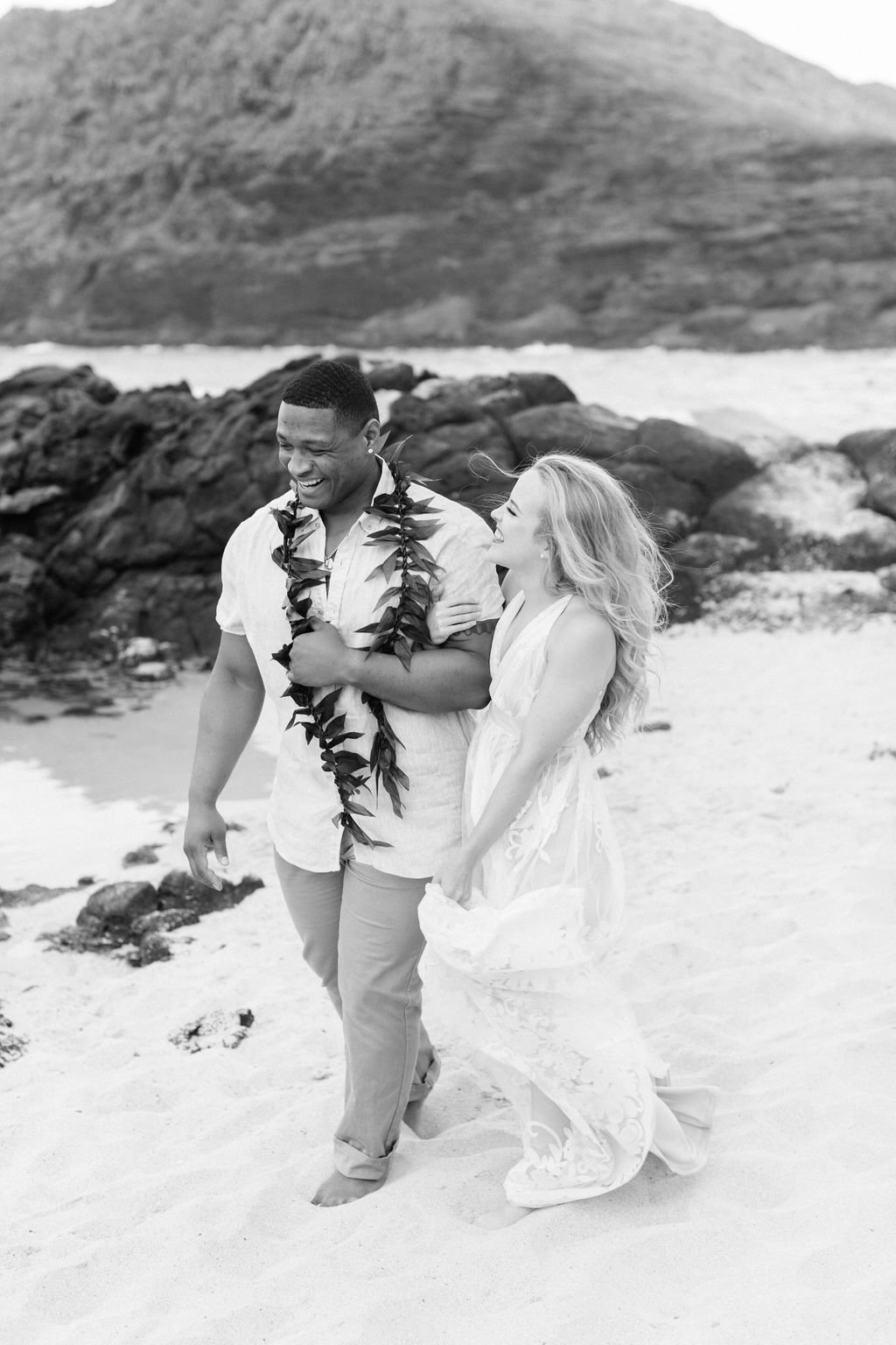 oahu-engagement-session-13