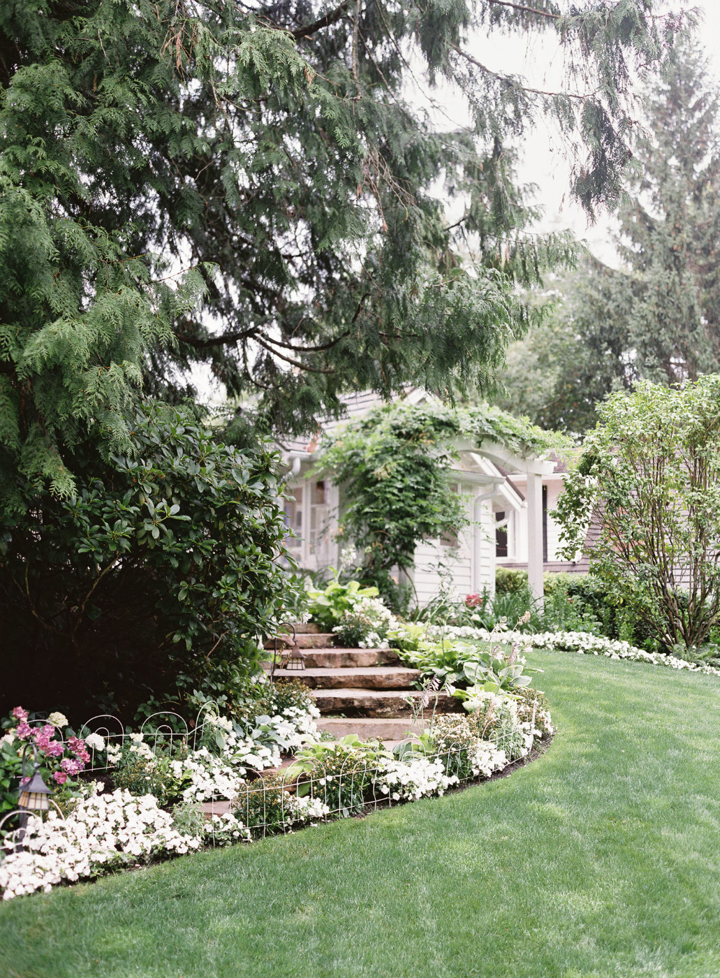 Beautiful Seattle garden wedding designed by Flora Nova Design at a private residence in Kirkland