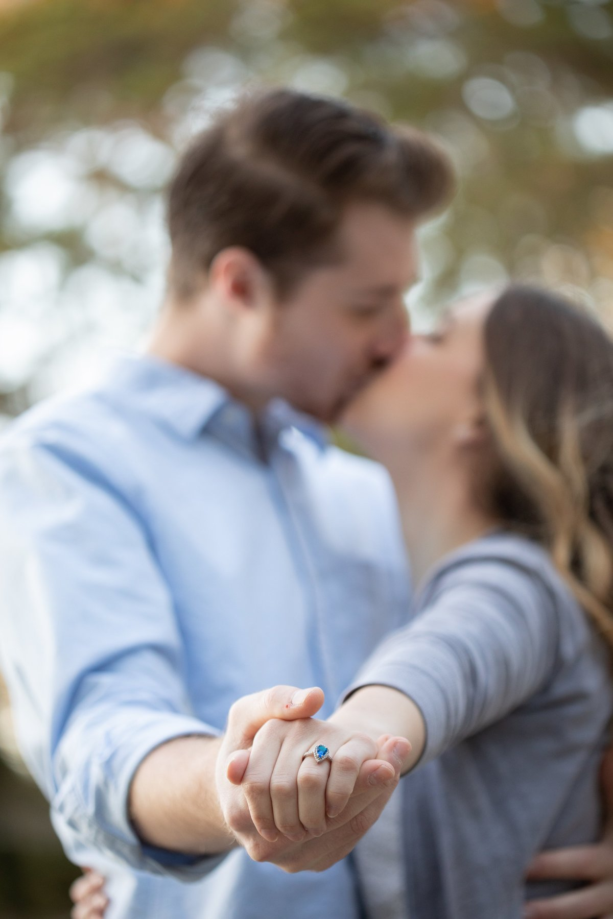 monroe_photographer_a_focused_life_photography_engagement_session_vines_garden_romantic_fall_1
