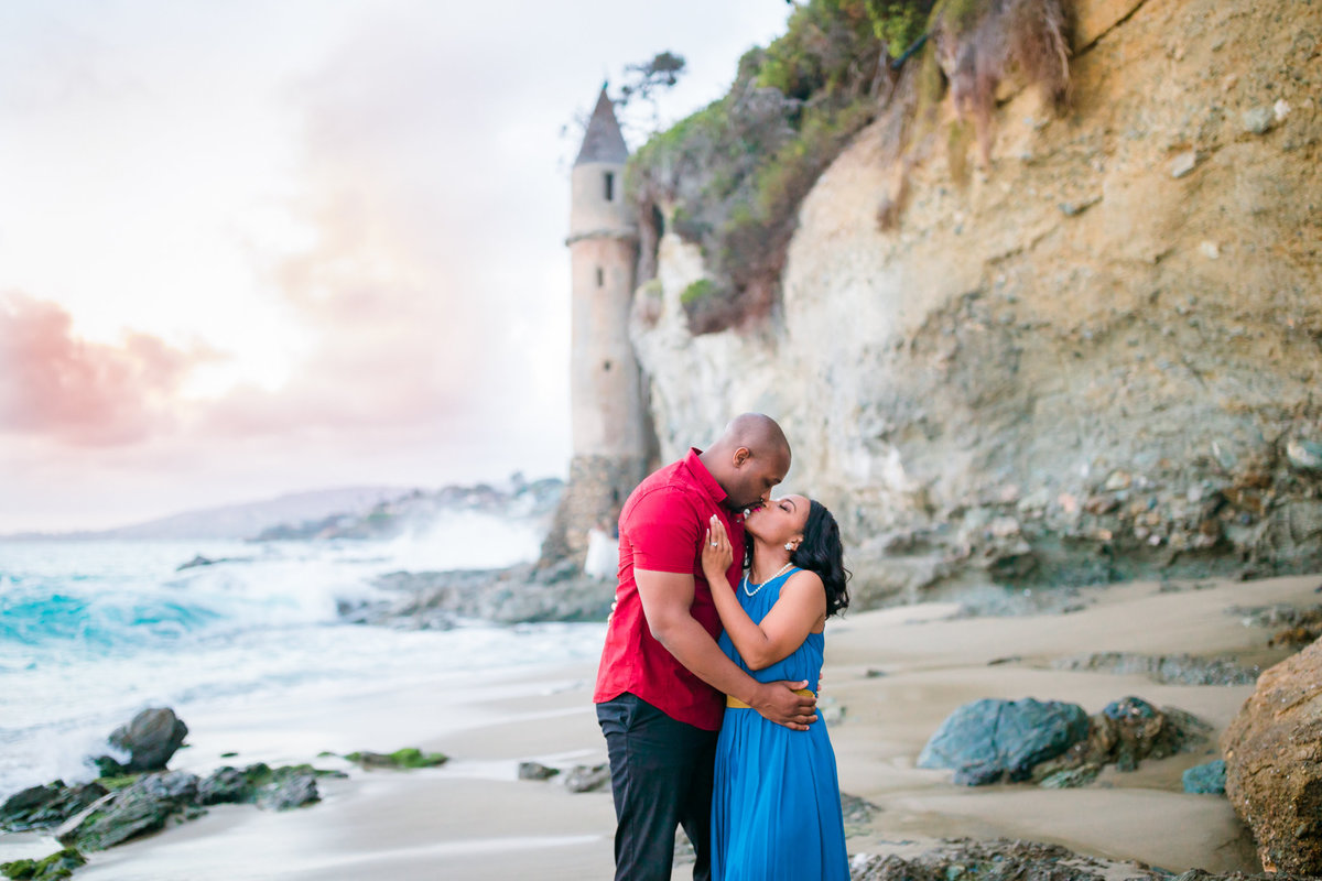 Beach Engagement | Victoria Beach Engagement | Laguna Beach Engagement | Black Engagement-22