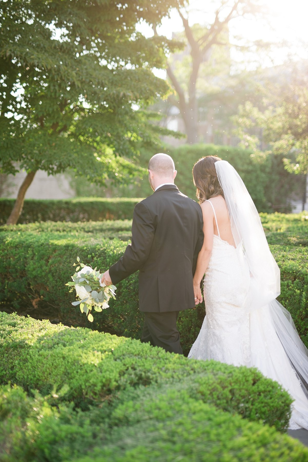 Shuster-Wedding-Grosse-Pointe-War-Memorial-Breanne-Rochelle-Photography110