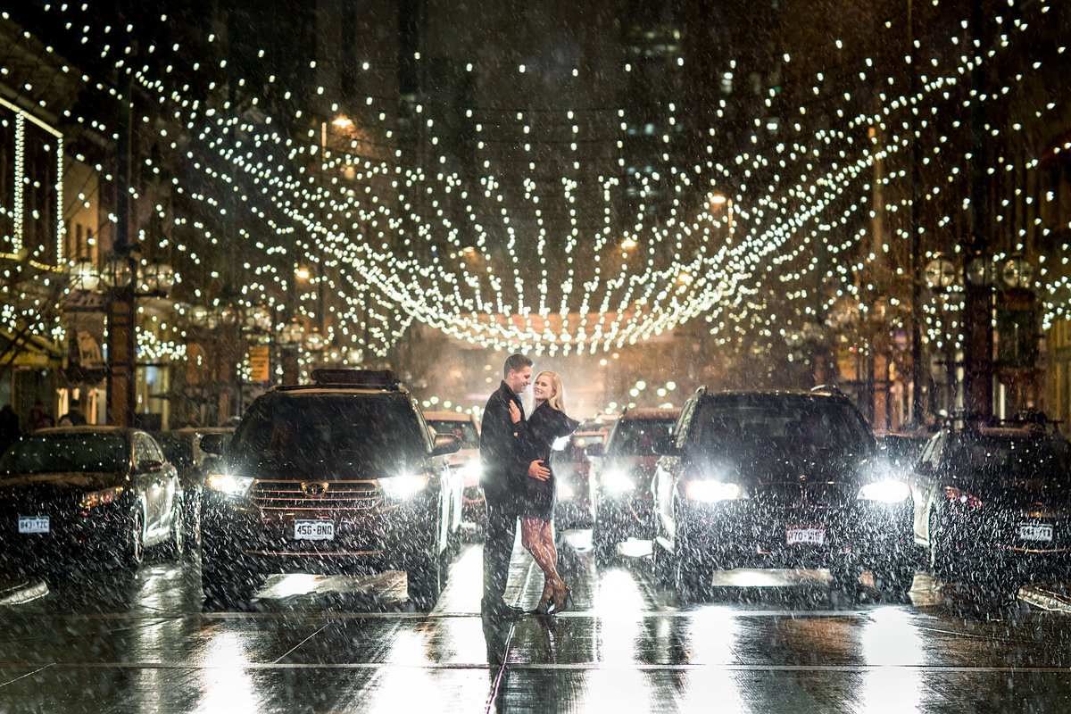 larimer-square-denver-engagement-pictures
