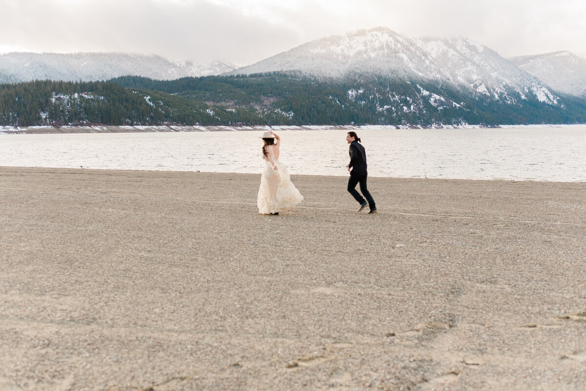 Cle-Elum-Washington-Lake-Elopement-Photographer-Photography-57