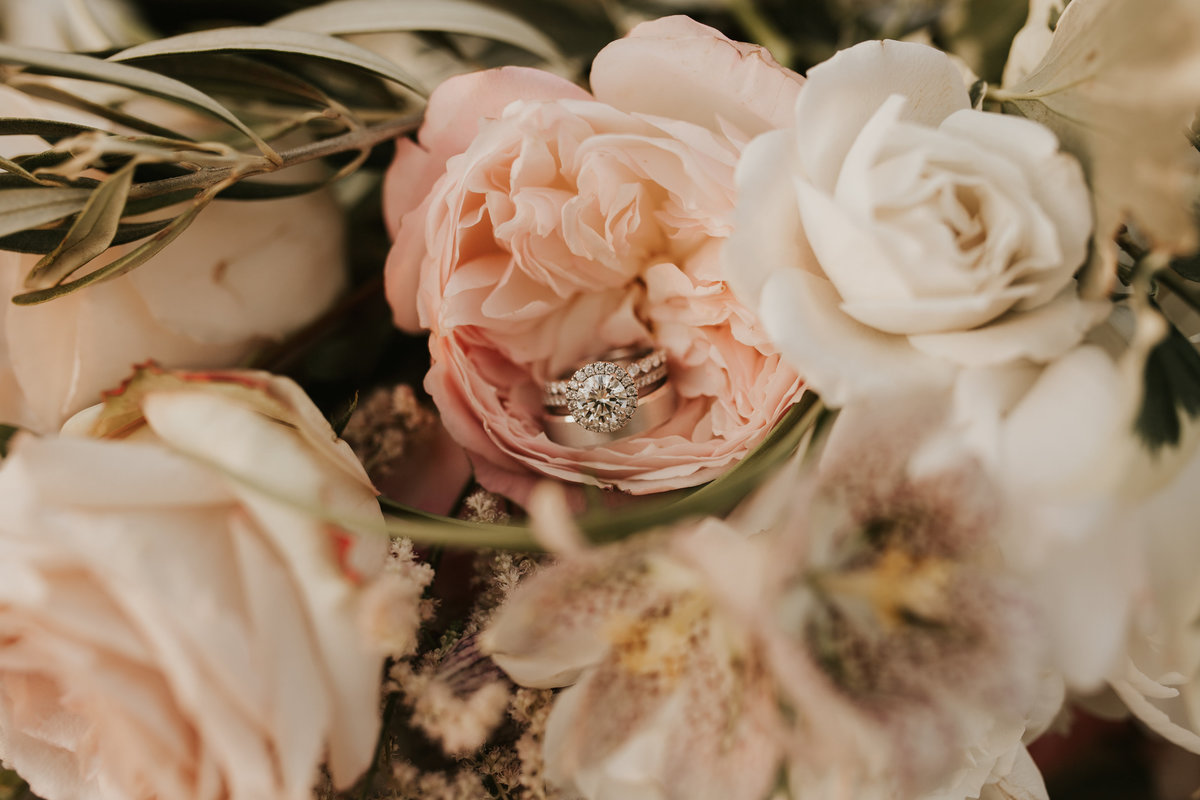 wedding ring mainline florist