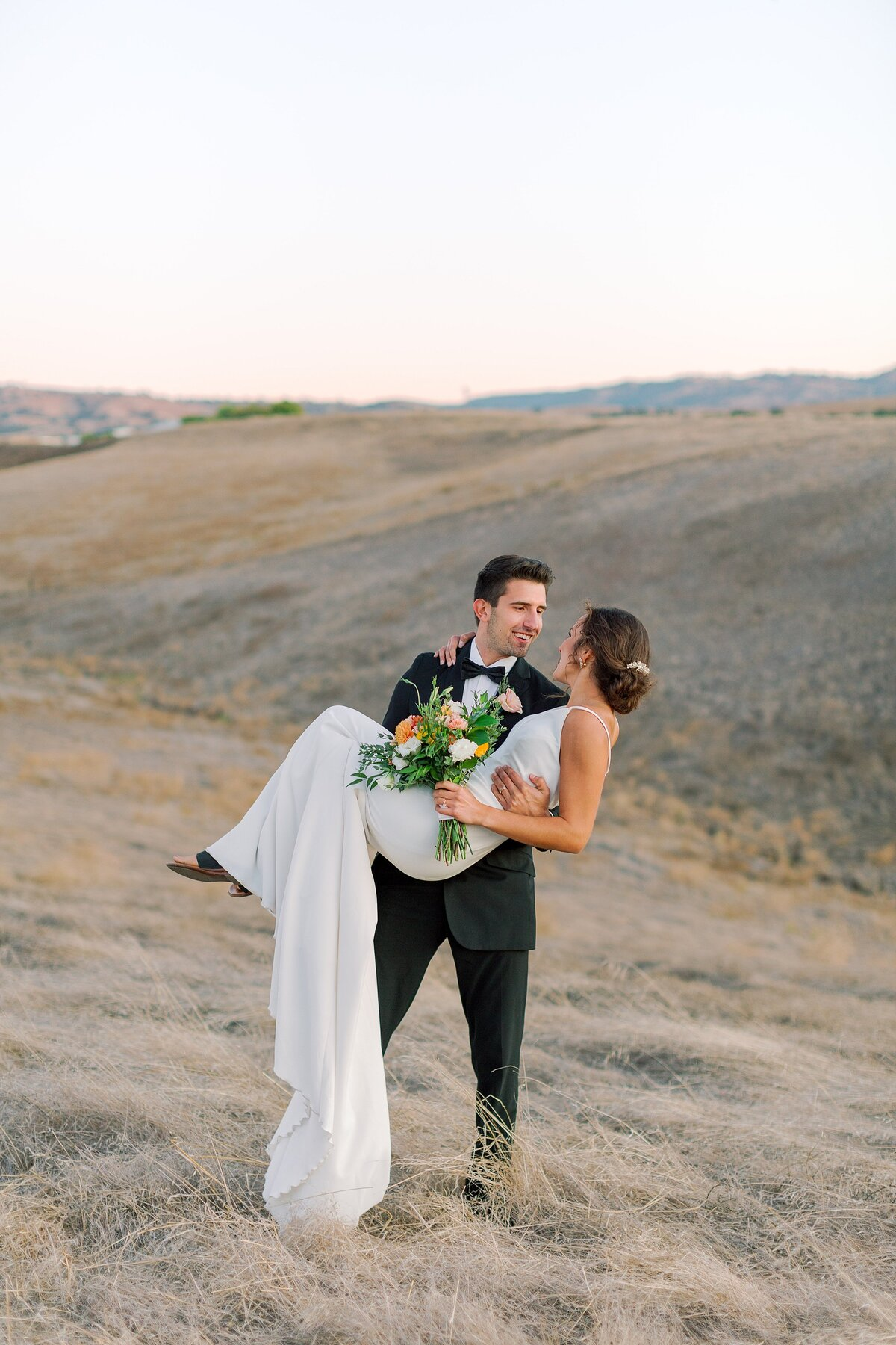20191020 Modern Elegance Wedding Styled Shoot at Three Steves Winery Livermore_Bethany Picone Photography-238_WEB