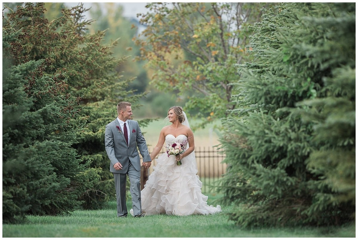Romantic Wedding - South Dakota Wedding - Midwest Wedding_0314
