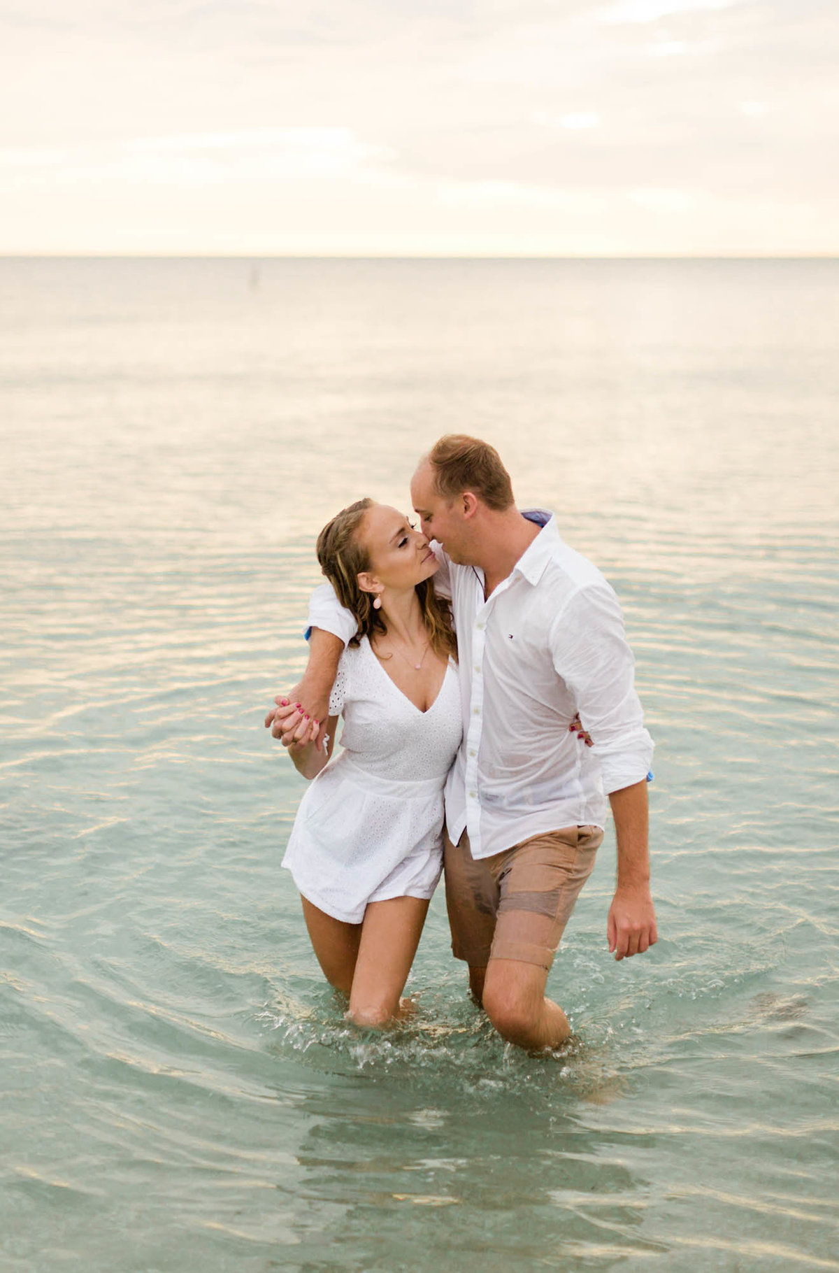 naples-florida-wiggins-beach-engagement-photos-1007