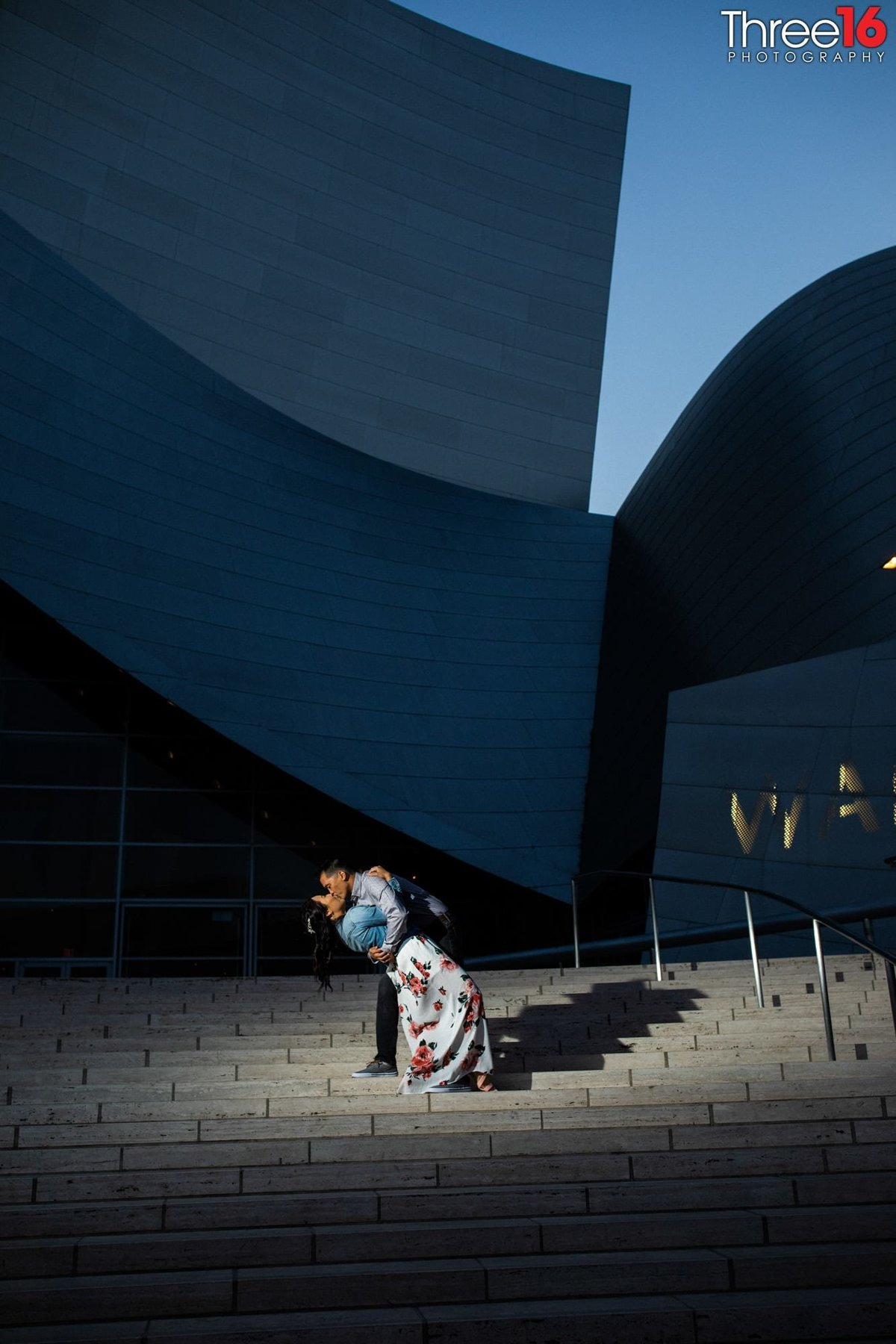 Walt Disney Concert Hall Engagement Photos Los Angeles County Weddings Professional Photography Urban