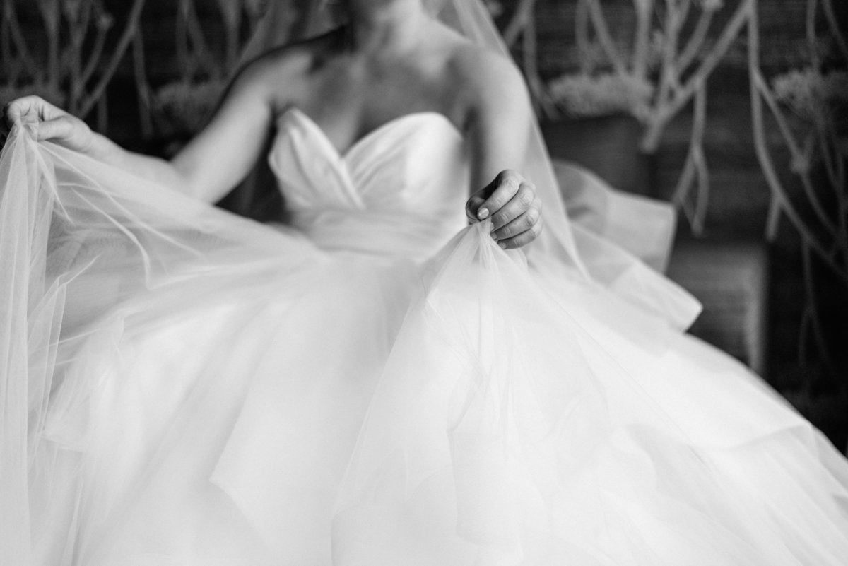 hayley-paige-wedding-gown-bride-photo