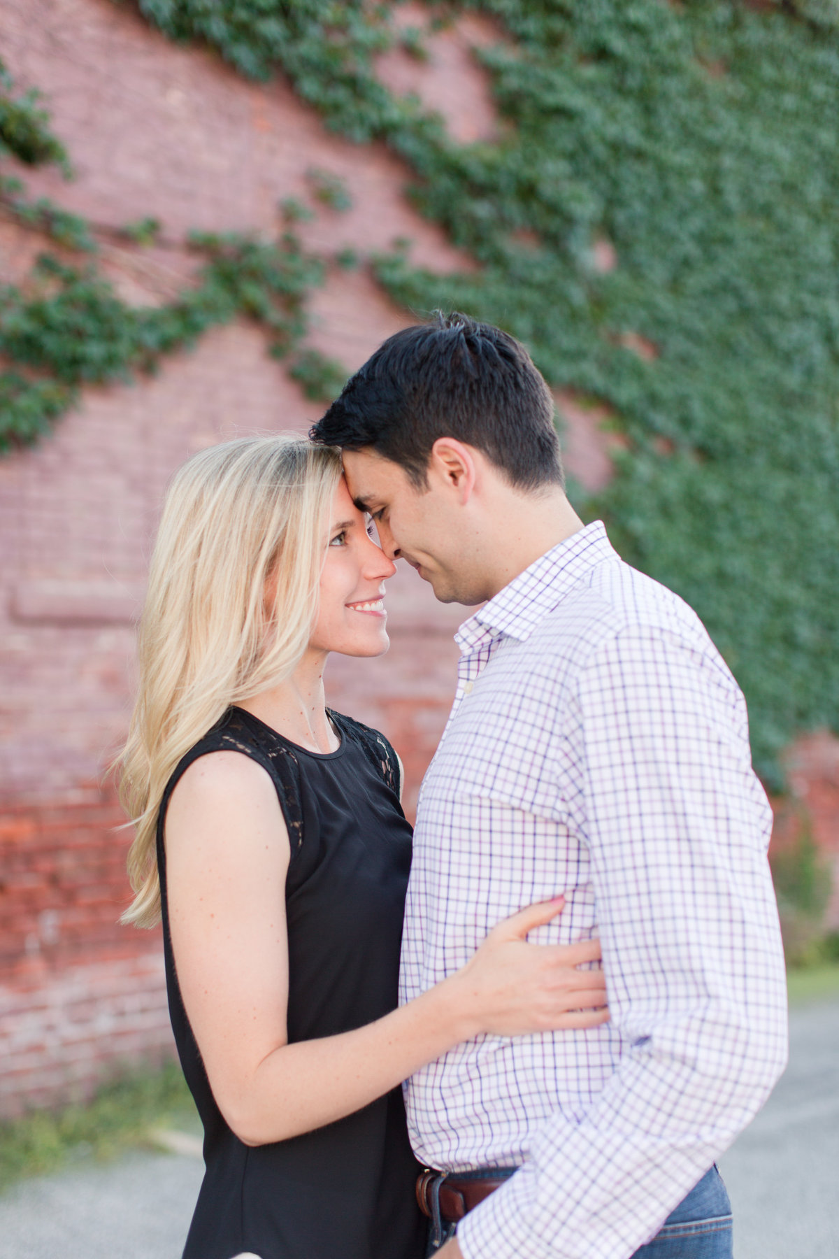 Indianapolis War Memorial Downtown Engagement Session Sunrise Sami Renee Photography-43